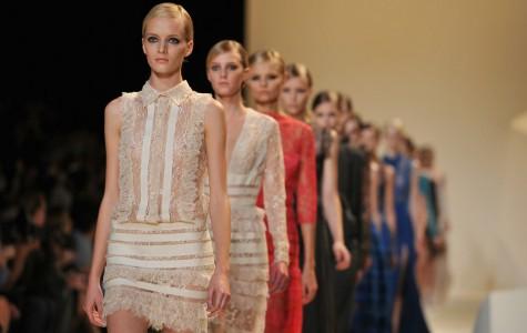 France cracks down on super skinny models