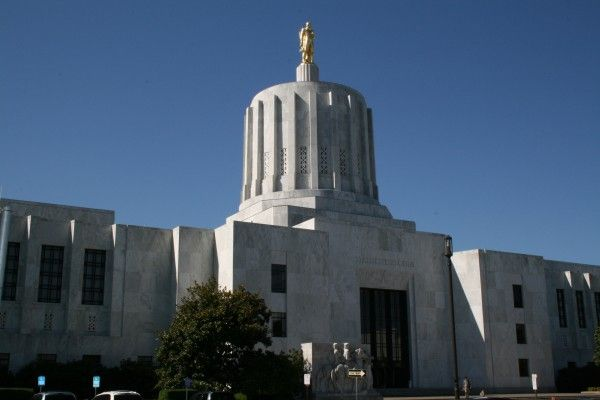 Bill in Oregon Legislature would ban conversion therapy