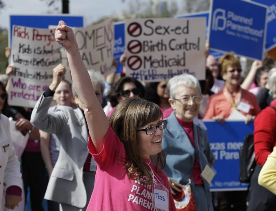 Do+you+stand+with+Planned+Parenthood%3F+Dallas+News+photo.