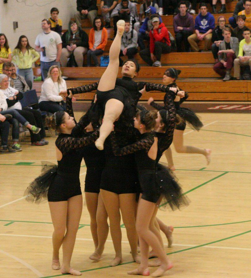 Sundancers performing their state routine