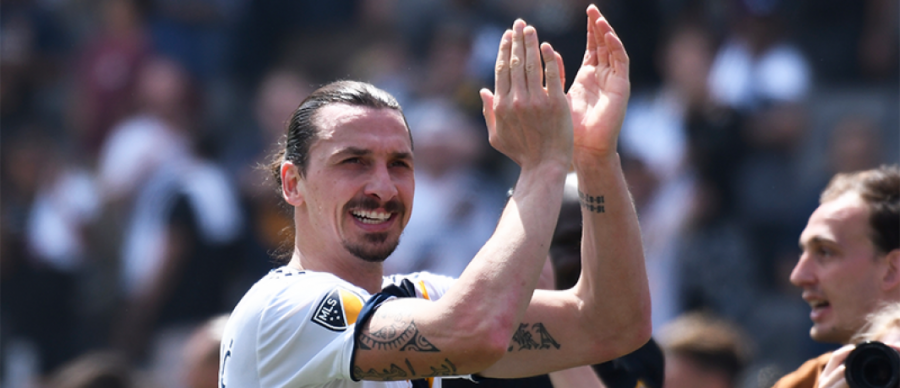 Zlatan+Ibtrahimovic+scored+two+goals+in+the+final+20+minutes+of+LA+Galaxy%27s+stunning+comeback+over+crosstown+rivals+LAFC+Saturday+March+31.