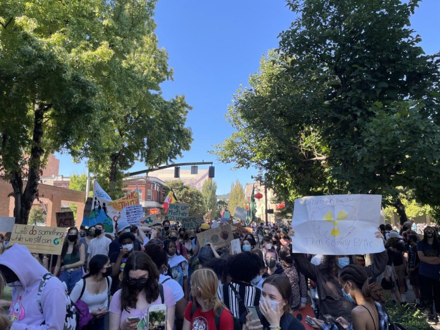 Youth participating in the Sept. 24 Global Climate Strike in Portland, Oregon.