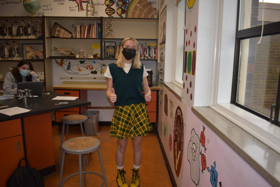 A senior Cleveland student on Green and Yellow day.